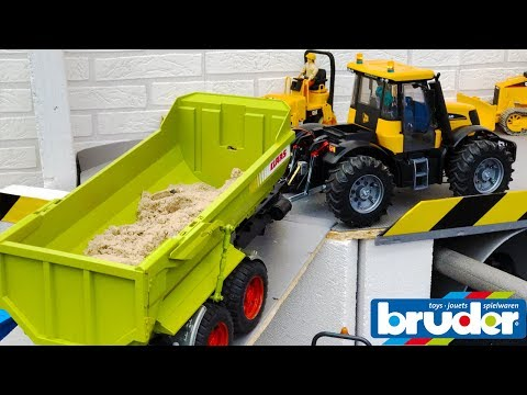 BRUDER TOYS tractor fastrac 4WD sand transport | Video for kids | Toyz Rule
