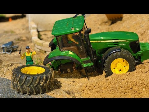 TRACTOR BROKEN DOWN! Bruder toys tractor lost WHEEL! Action video for kids